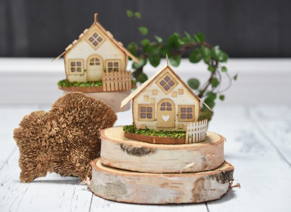 Spellbinders - Cozy Cottage Box