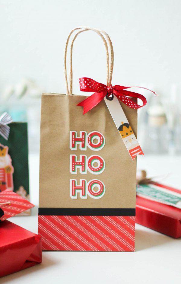 Scrapbook&CardsToday_GiftWrap3_LatishaYoast