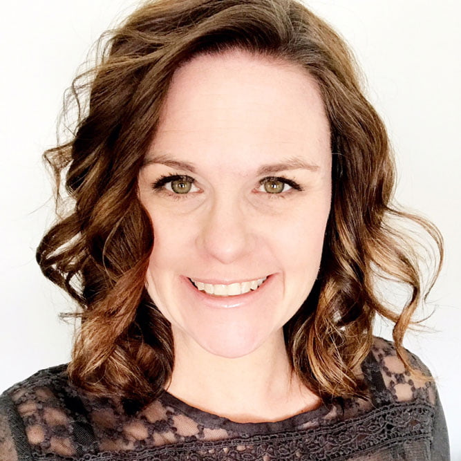 Nicole Nowosad