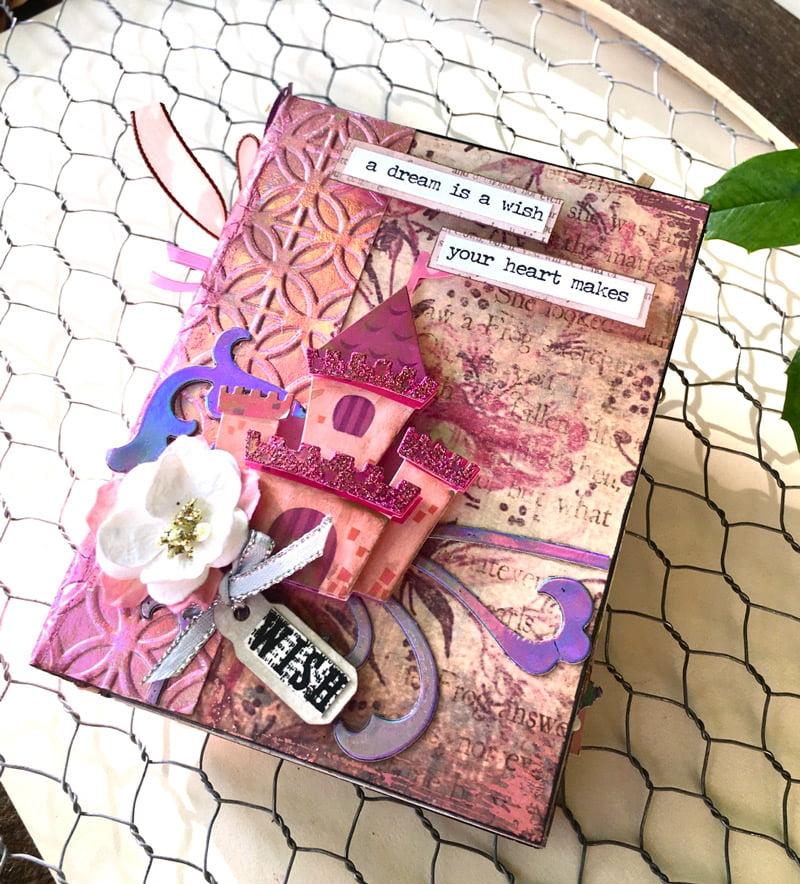 SCT-Magazine-Therm-O-Web-Fairytale-Foils-Castle-Mini-Album-Wendy